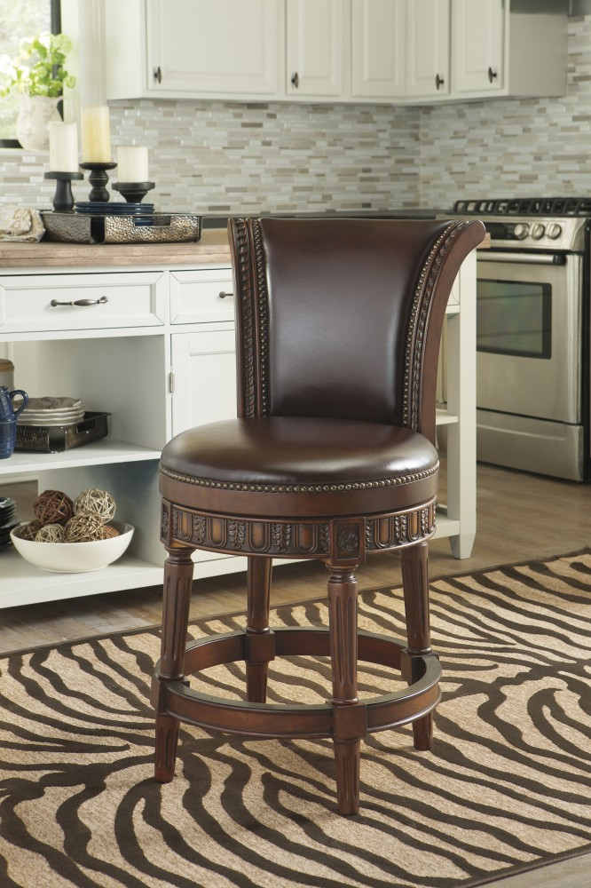 Superieur North Shore   Dark Brown   UPH Swivel Barstool (1/CN)