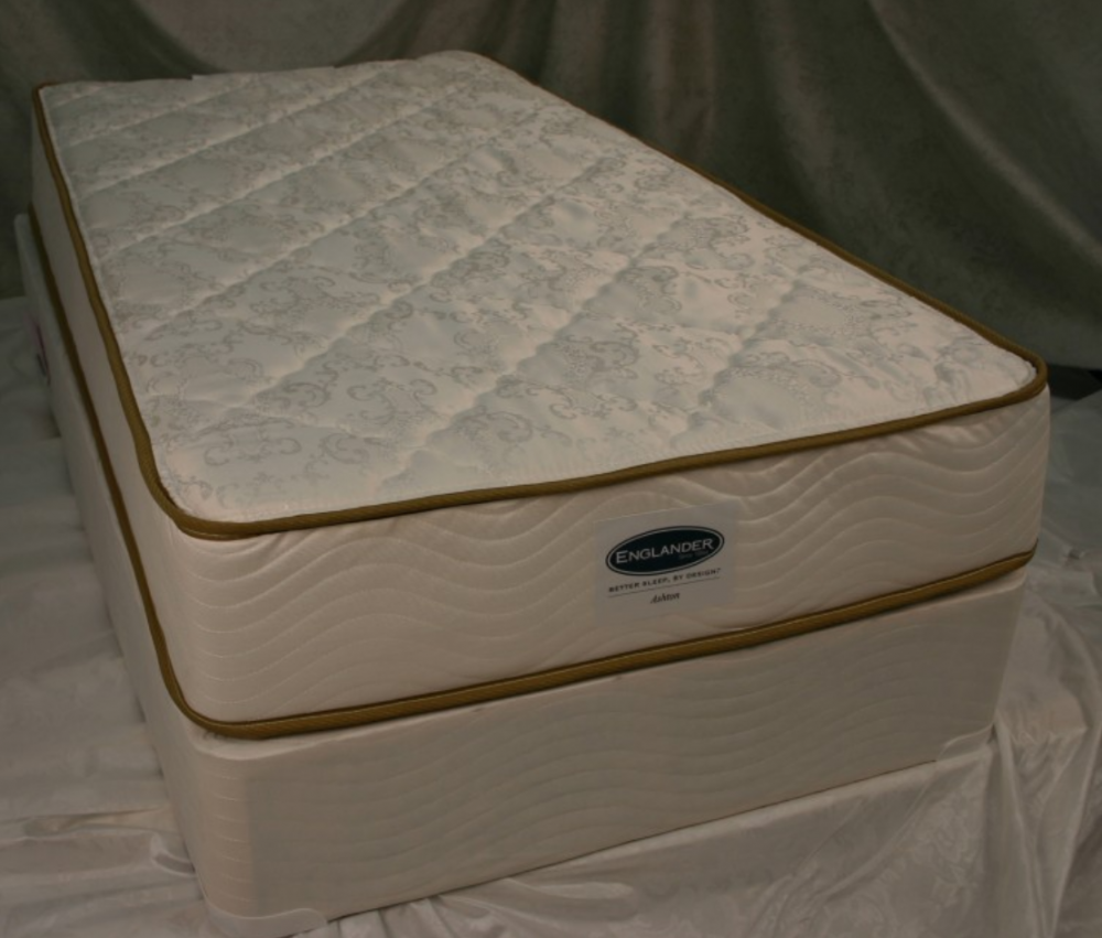 Ashton Plush Foam Queen Mattress Conforming Mattresses Seat N Sleep