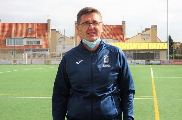 Entrevista a Curro Hernández, entrenador del C.D. Municipal Arroyomolinos (Temporada 2020/21)