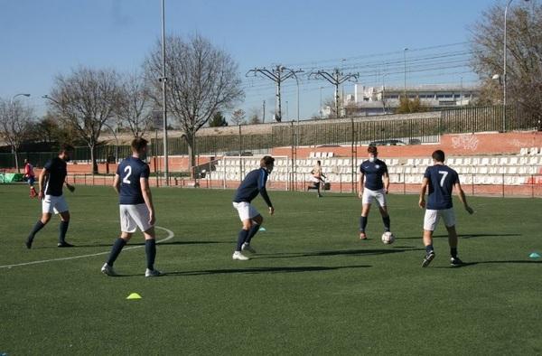 El FC Británico lidera el grupo 5º de Segunda Regional sin conocer la derrota