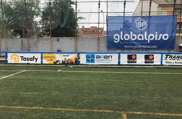 """El Aravaca CF instala protecciones en la barandilla del """"Antonio Sanfiz"""""""