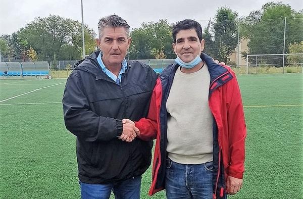 Antonio Garvin, el que fuera presidente del desaparecido Racing Garvin, apoya el nuevo proyecto del Atlético Garvín