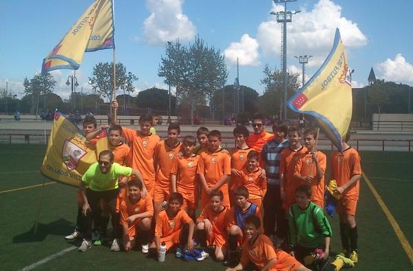 Campeones y Ascensos del C.F. Collado Villalba en la temporada 2014/15