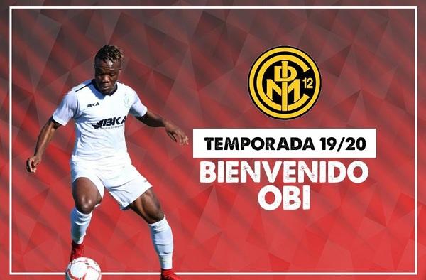 Obi Nwankpa firma por el Internacional de Madrid