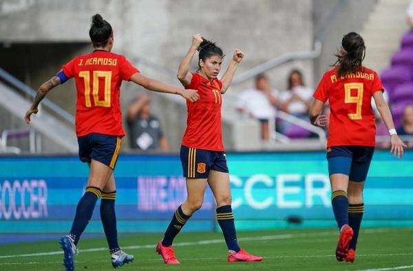 """La Selección Femenina Española participa con éxito en la """"She Believe Cup"""""""