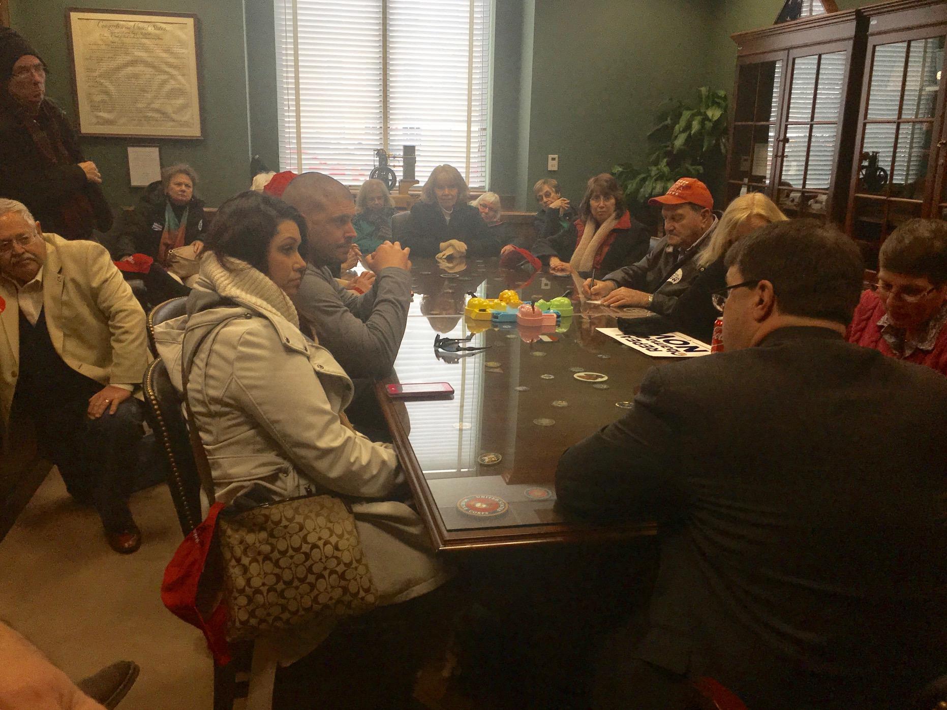 FreedomWorks activists meet with Sen. Thom Tillis' staff