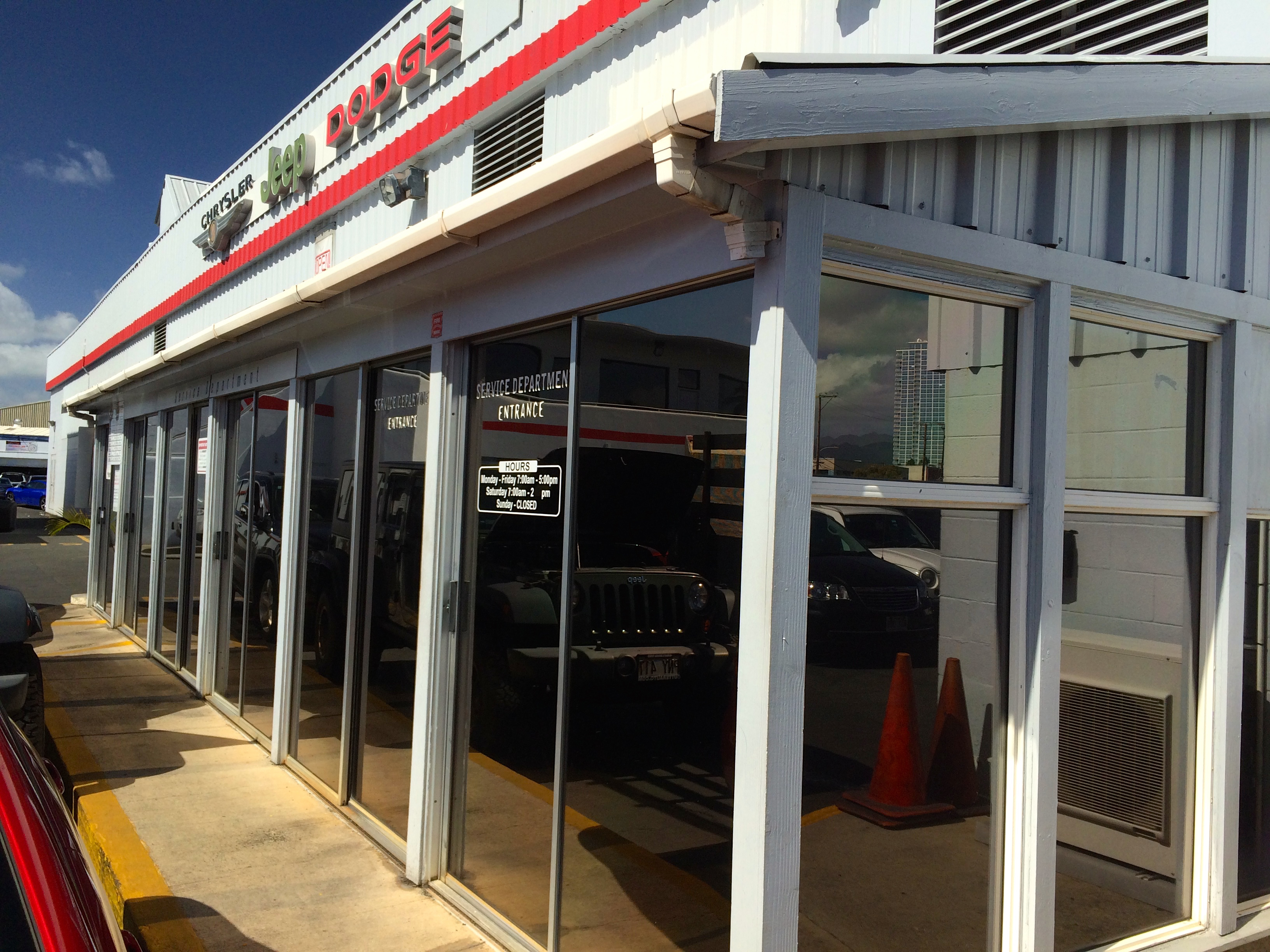 Cutter Dodge Honolulu >> Service Department | Cutter CDJR Honolulu