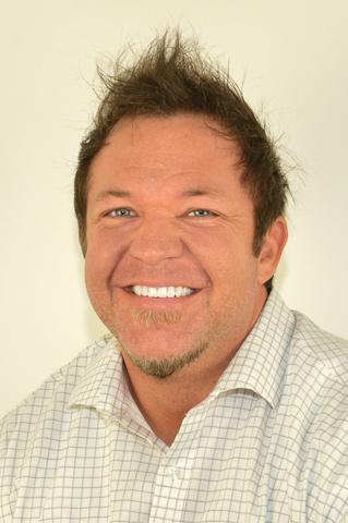 Travis Lynes Bio Image