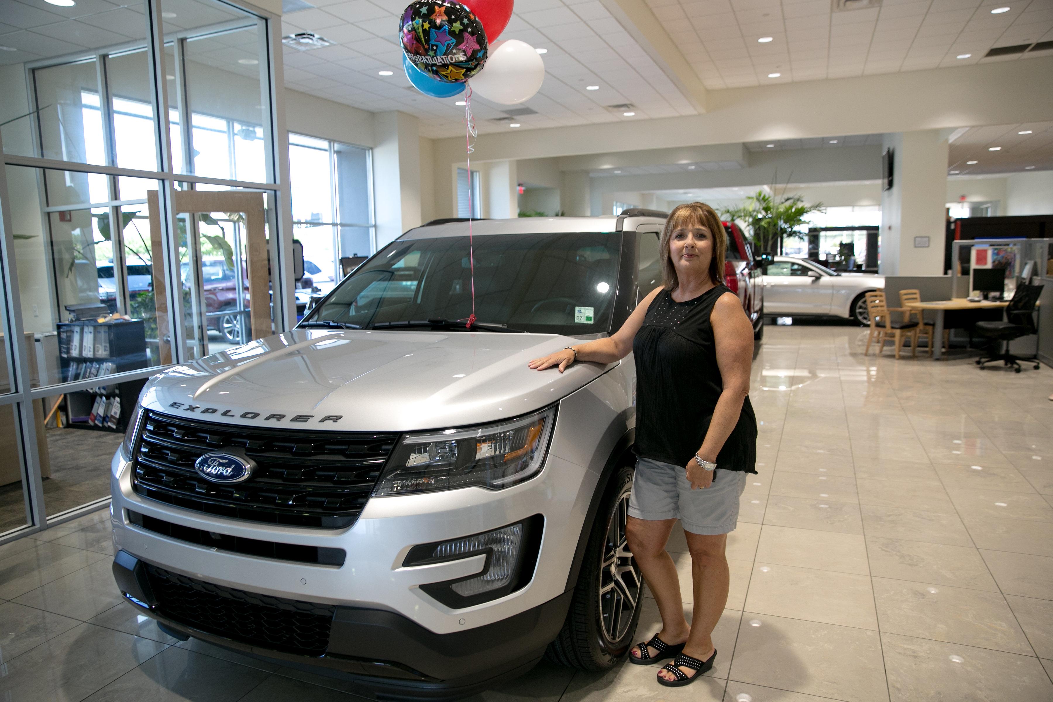 2016 St Jude Bonus Prize Winner Receives 2016 Ford Explorer