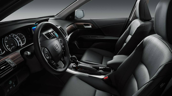 2016 Honda Accord front seat
