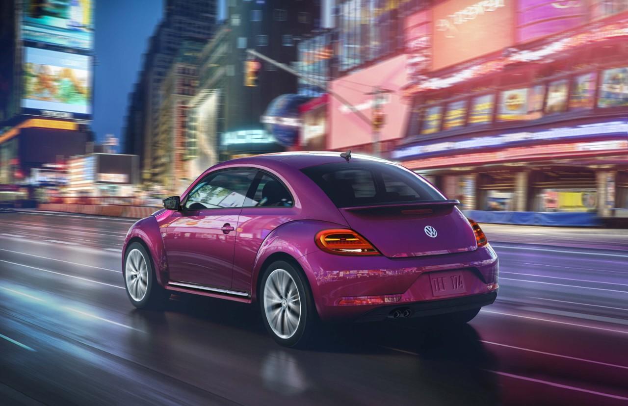 2017 VW Beetle in Bedford, OH | Ganley Volkswagen of Bedford