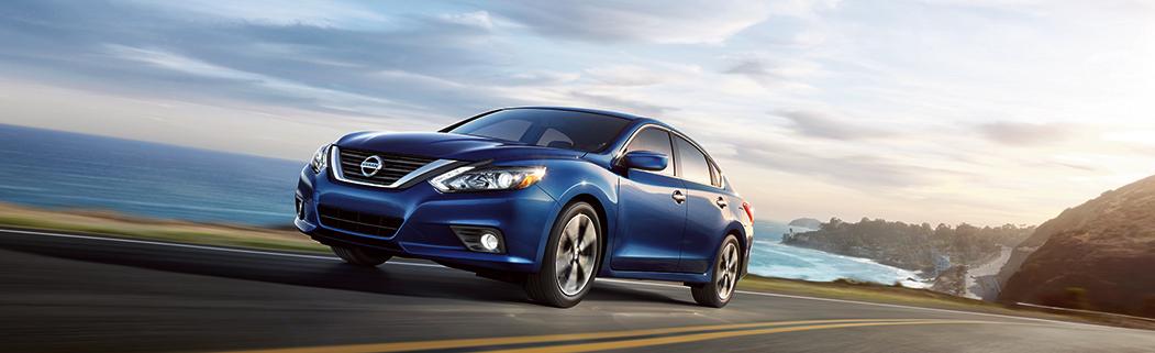 Explore the 2017 Nissan Altima® in Medina, OH | Ken Ganley Nissan