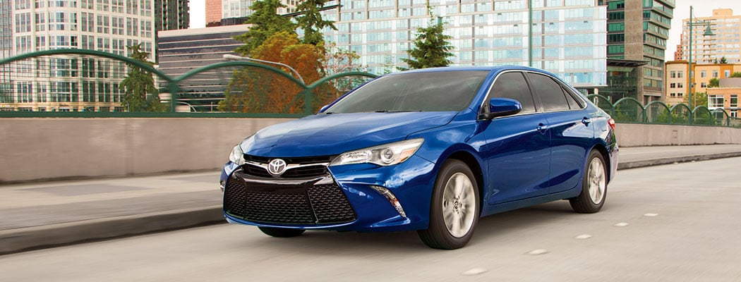 2017 Toyota Camry - blue