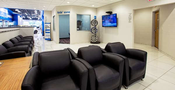 Photo of Great Lakes Honda Service Center Waiting Room in Akron, OH