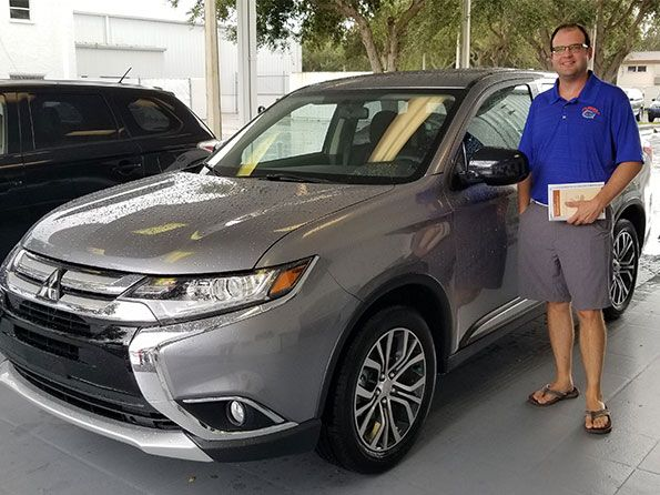 Sarasota Mitsubishi, happy customer smith outlander
