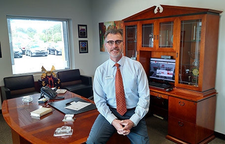 talk with chris duncan, general manager of Toyota of Elizabeth City, compliments, concerns, reviews, talk to the general manager of Toyota of Elizabeth City, Holiday Florida
