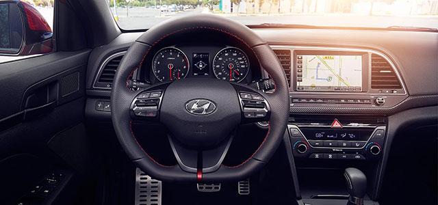 Interior Hyundai Elantra Sport