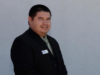Alfredo Flores Bio Image