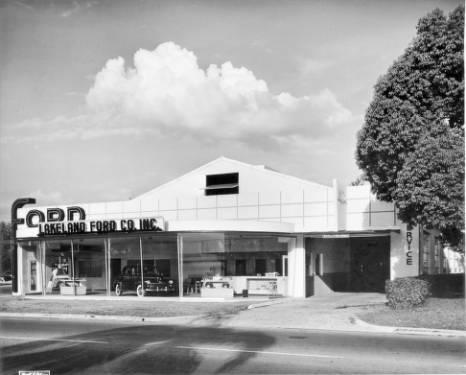 Lakeland Ford 1949 - Daylight photo