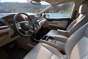 2019 Honda Odyssey cockpit