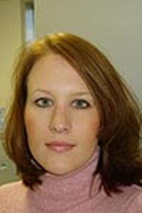 Carrie Rowe Bio Image