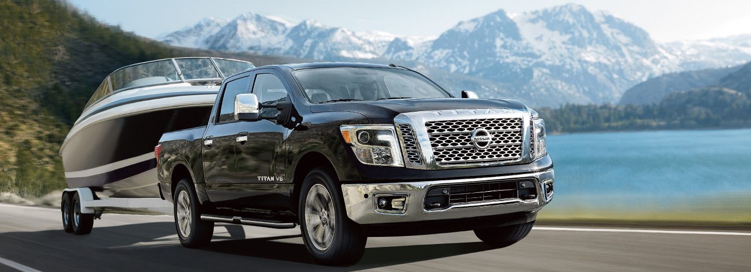 2018 Nissan Titan vs. 2018 Toyota Tundra in Jefferson City, MO