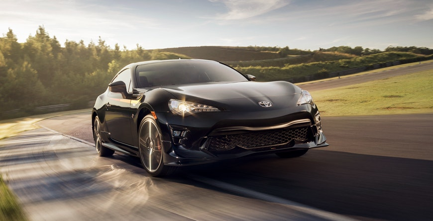 2019 Toyota 86 TRD Special Edition track handling with Brembo® brakes