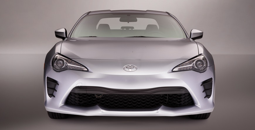 2019 Toyota 86 silver exterior front view