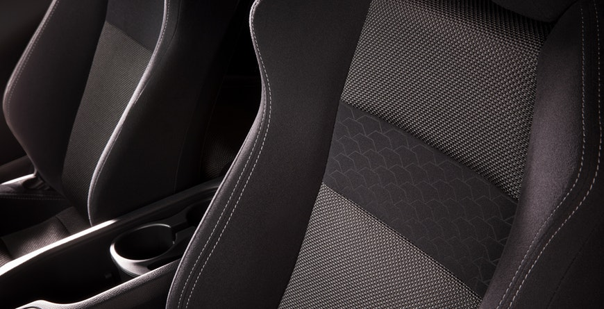 2019 Toyota 86 sport seats with silver contrast stitching