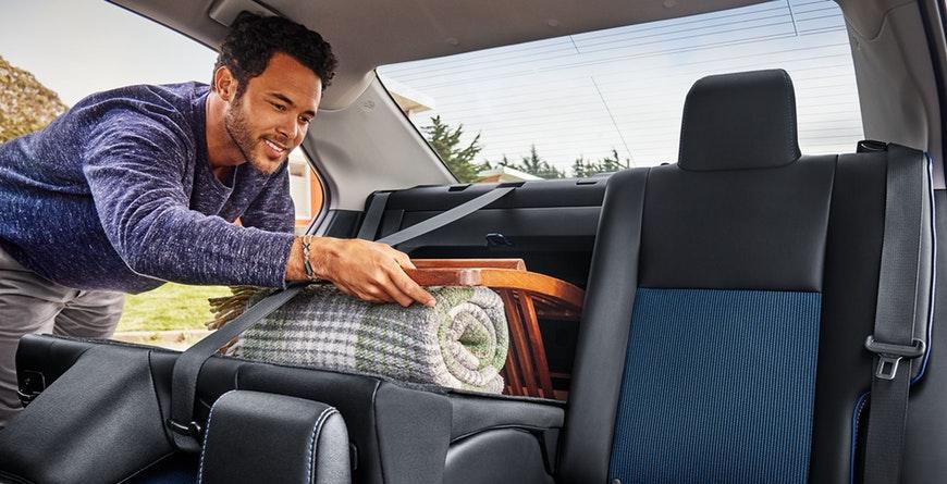 2019 Toyota Corolla Split Seats