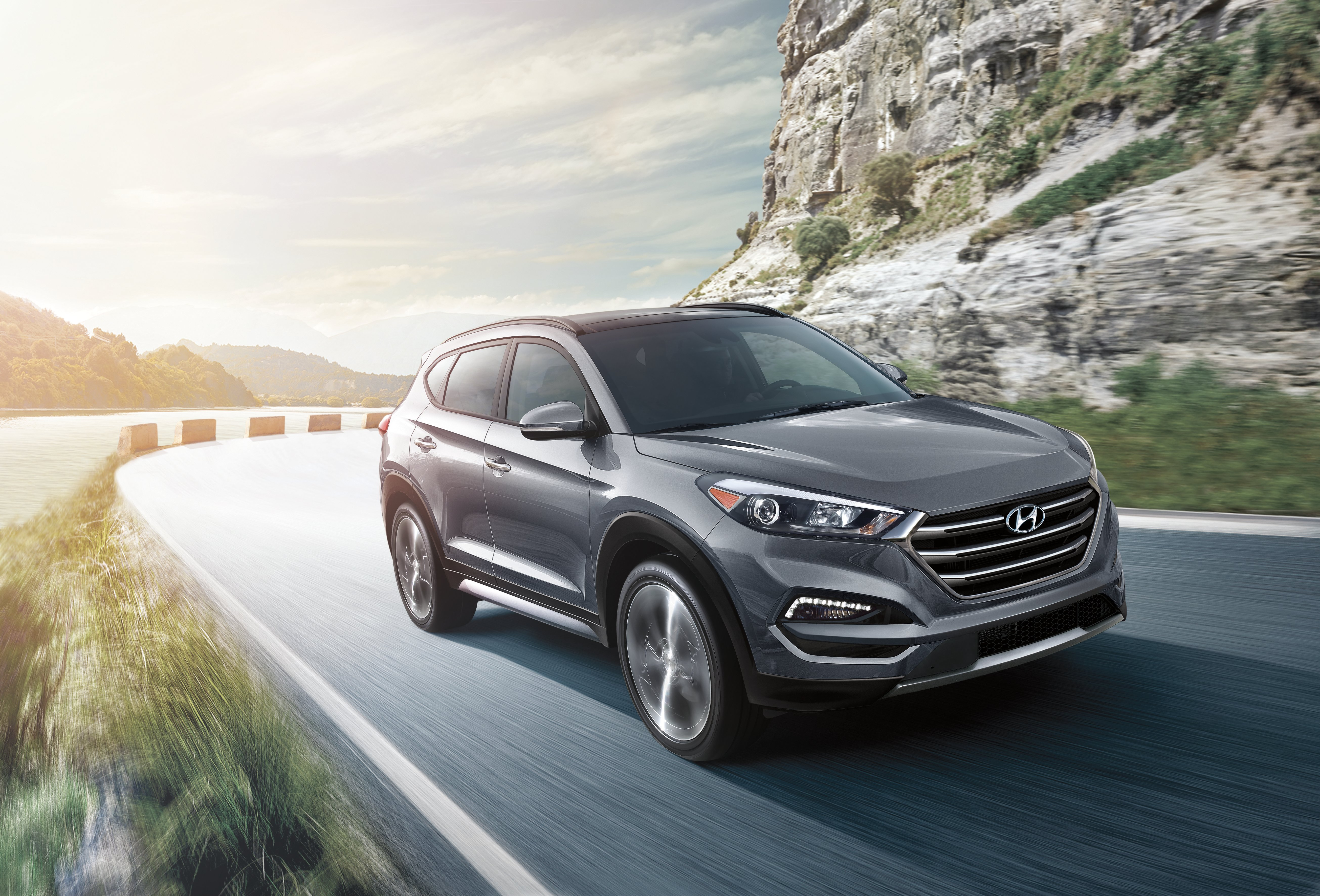 2018 Hyundai Tucson driving on the coast