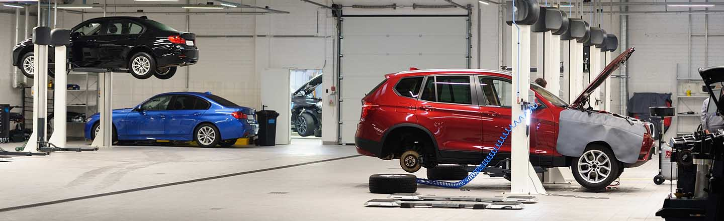 Collision Center and Paint Repair In Bristol, CT