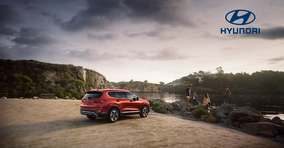 2019 Santa Fe parked at an overlook