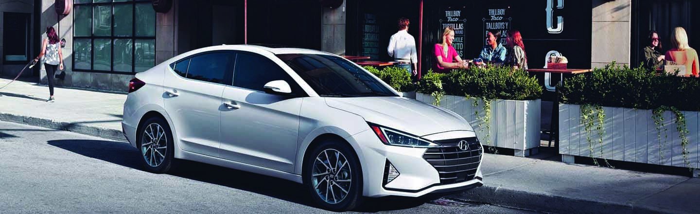 Drive Kansas City, MO in an Exciting New 2019 Hyundai Elantra!