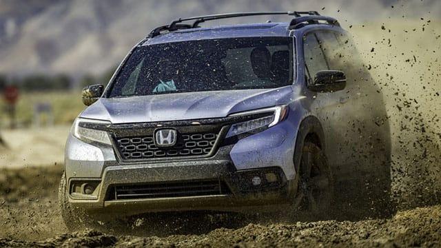 2019 Honda Passport driving in mud