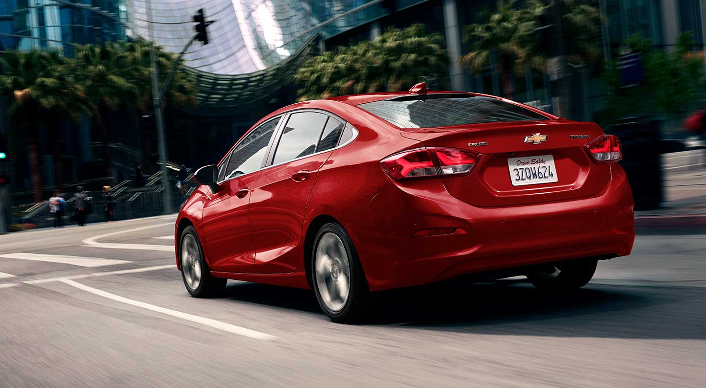 Explore the Exciting New 2019 Chevy Cruze   Henna Chevrolet