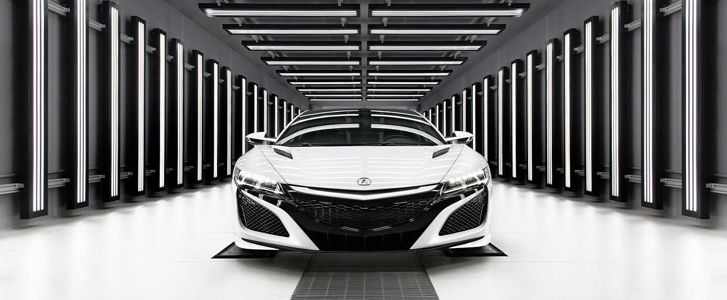 Rear view of 2019 Acura NSX