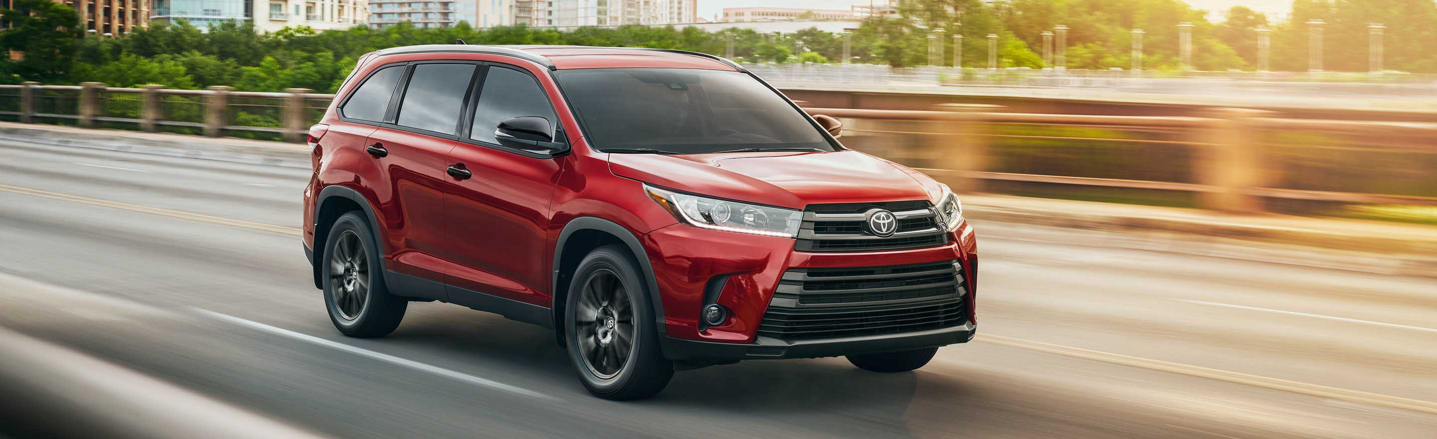 Upgrade to a 2019 Toyota Highlander SUV in Denison, TX