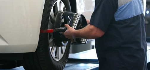 Get Your Routine Oil Changes Taken Care of by the Professional Staff at DCH Paramus Honda
