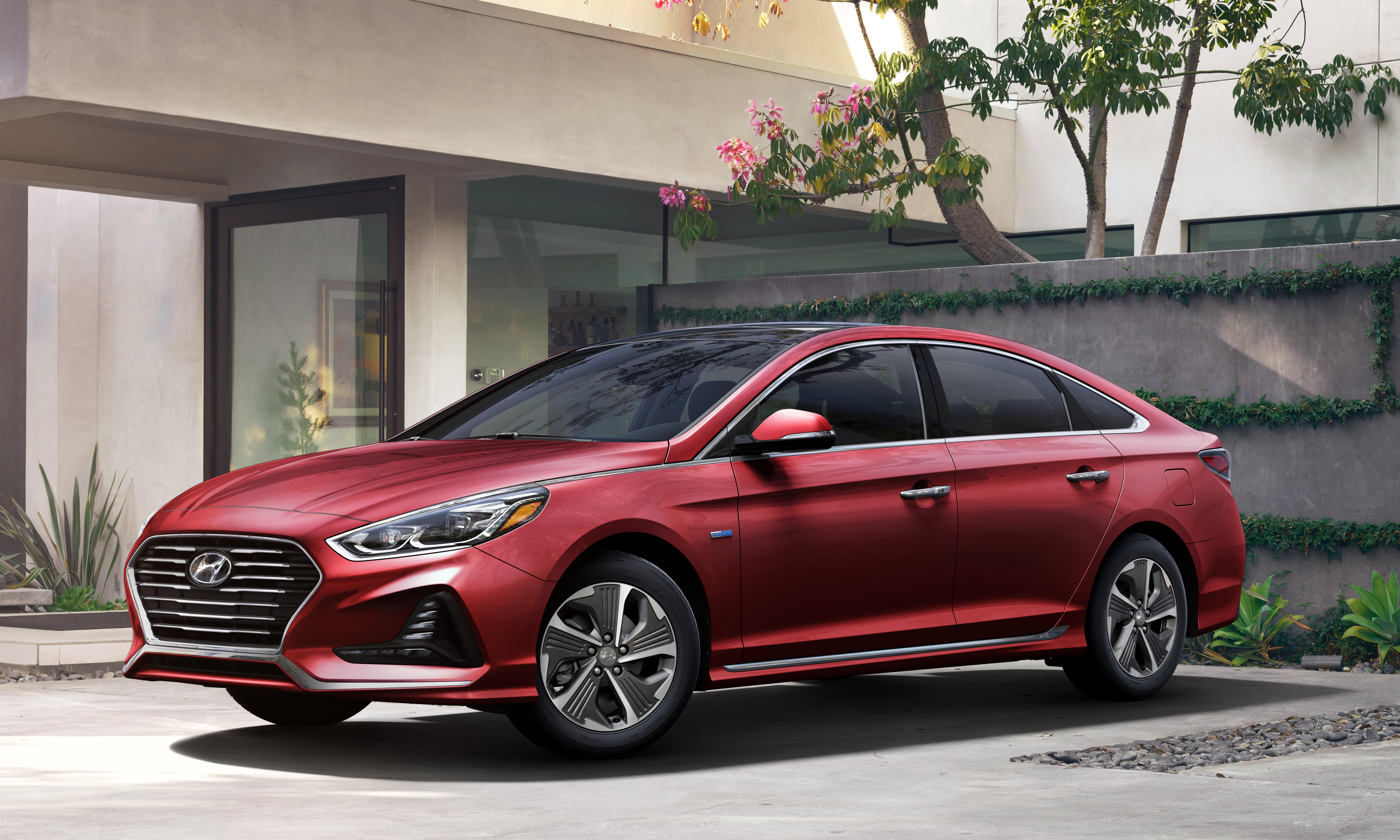 Hyundai Sonata Hybrid parked in driveway