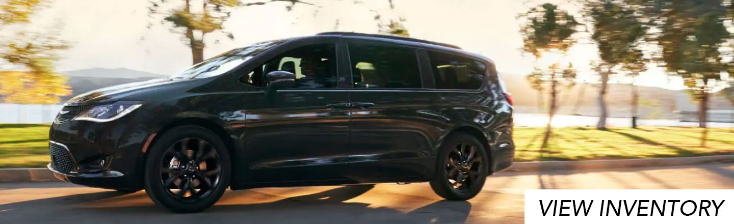 Airport CDJR 2019 Chrysler Pacifica