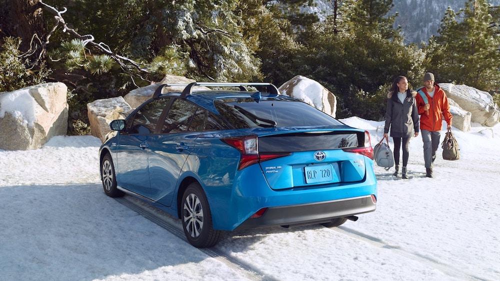 new 2019 Toyota Prius fuel economy vs the competition