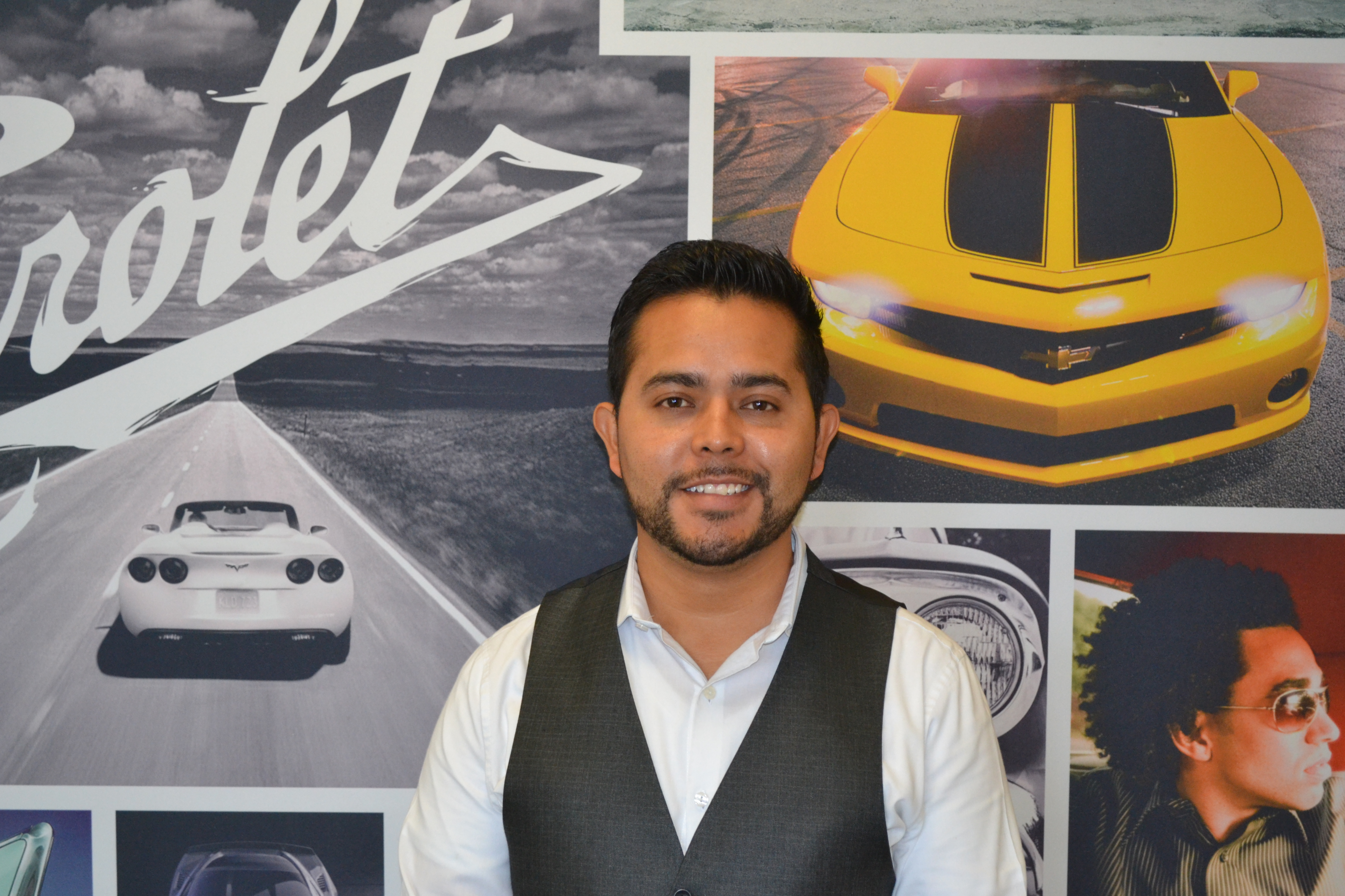 Oscar Reyes Bio Image