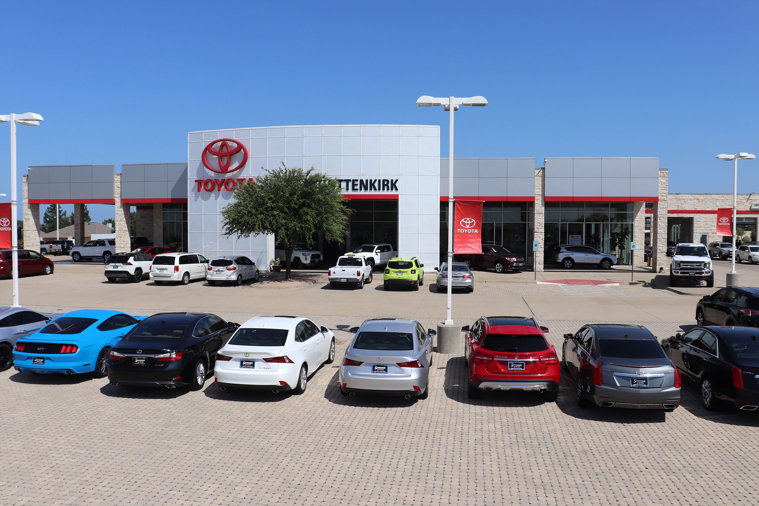 Toyota Dealerships Dfw >> Shottenkirk Toyota Of Granbury Car Dealer Near Fort Worth Tx