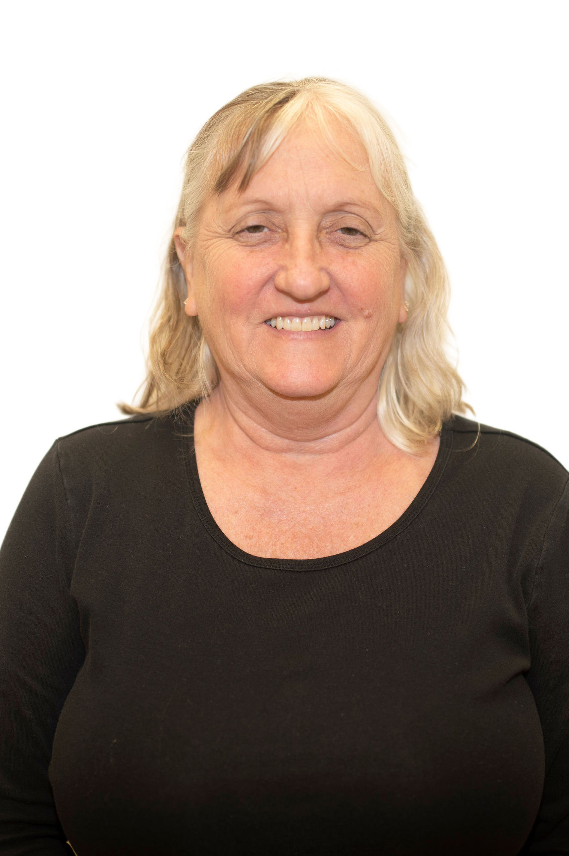 Shelley Roewer Bio Image