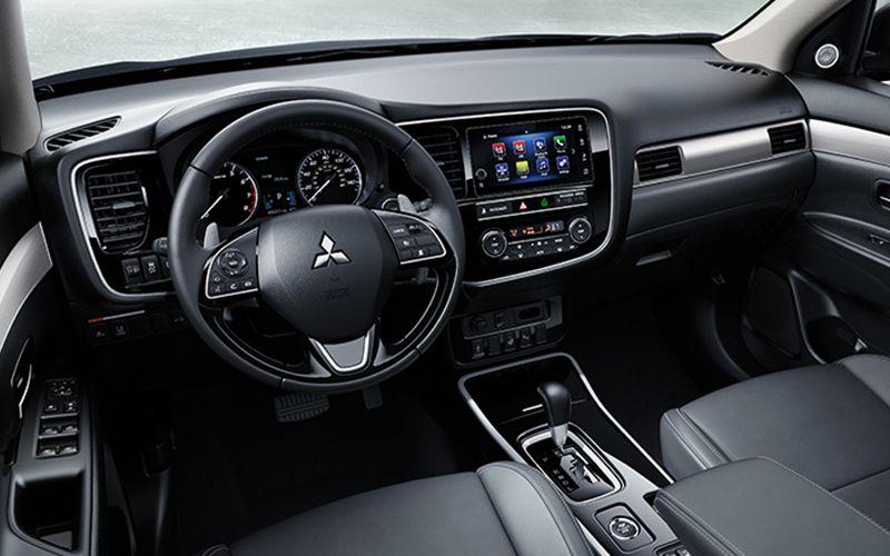 2019 Mitsubishi Outlander Interior
