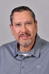 Robert  Velez Bio Image