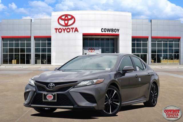 New 2019 Toyota Camry XSE Auto