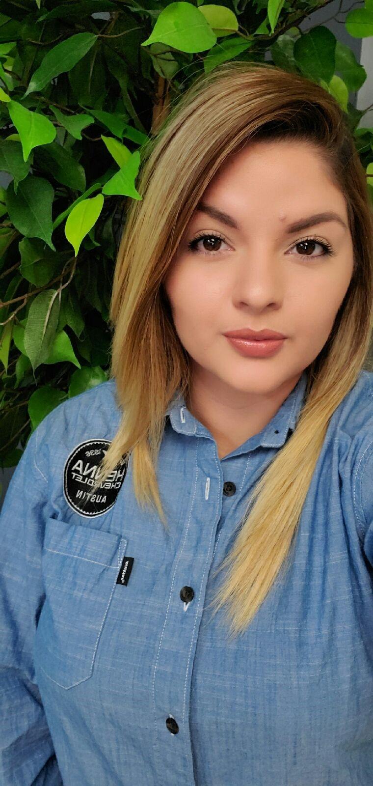 Claudia Ramos Bio Image