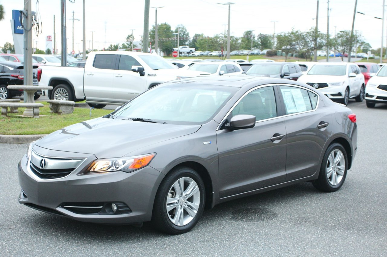 2013 Acura ILX Hybrid 1.5L w/ Tech Package
